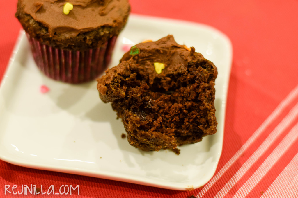 chocolate cupcakes for two-10